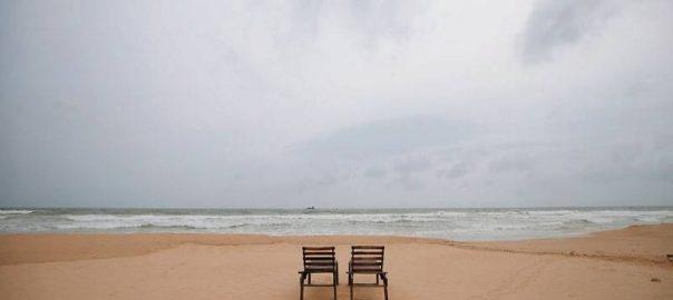 easter bomb blast colombo deserted beaches rooms