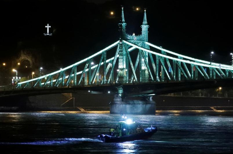 Seven South Koreans killed, 19 missing as Hungarian boat capsizes