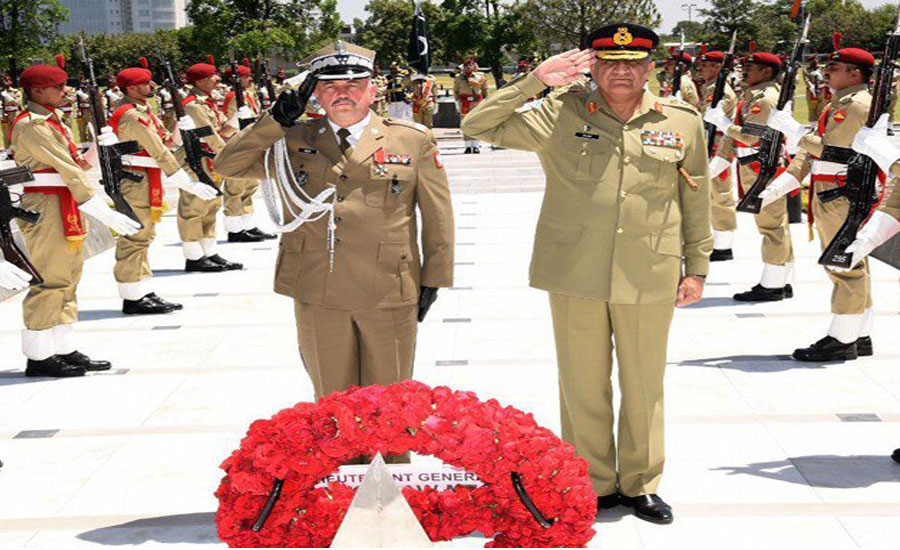 Polish army chief lauds Pakistan Army's efforts for regional peace