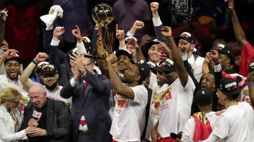 Dino-mite! Raptors win Canada's first NBA championship