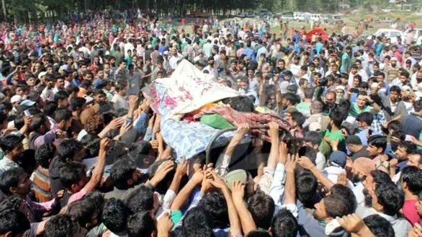 Indian troops martyr two youth in IHK