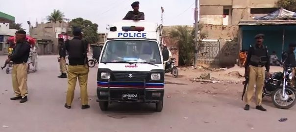 Two policemen gunned down Orangi town Policemen Rangers
