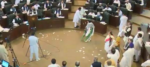 Khyber Pakhtunkhwa, presents, Rs900b, surplus, budget, FY2019-20