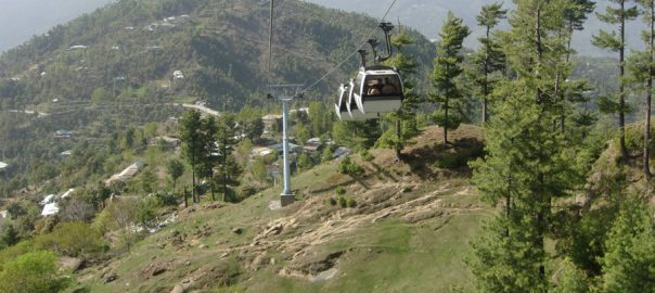 100, tourists, stranded, cable, car, midway, Murree