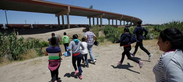 migrants mexico border donald trump us security children