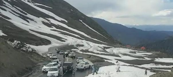 Snow, Babusar Top, Road, after eight months
