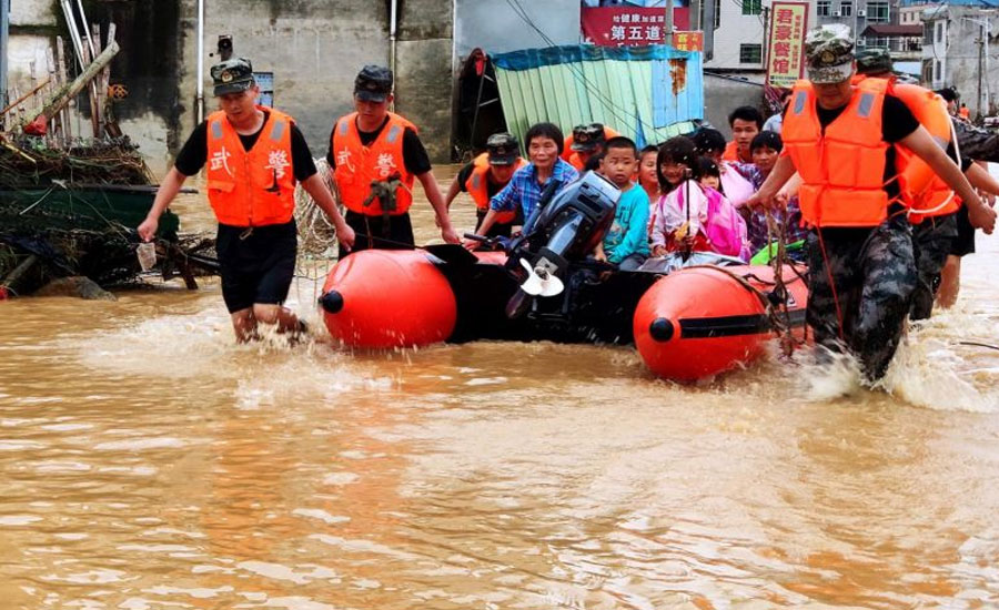China flood death toll hits 61, over 350,000 evacuated: ministry