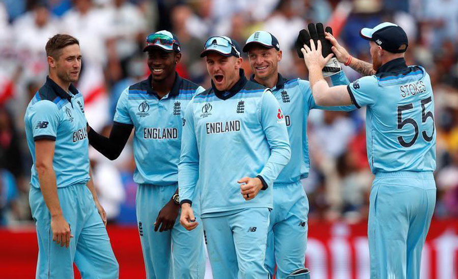 Rampant England end Australia's title defence, roar into Wold Cup final
