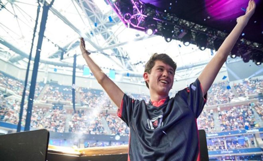 US teenager becomes Fortnite world champion, wins $3m