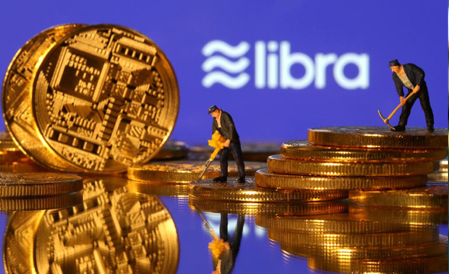 Trump blasts Bitcoin, Facebook's Libra, demands they face banking regulations
