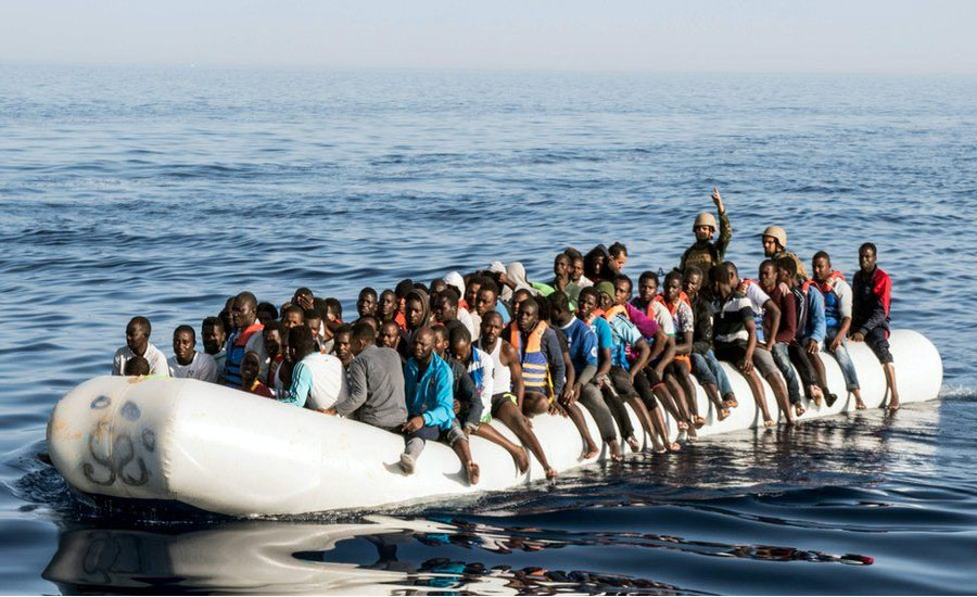 Scores of migrants feared drowned in Libya shipwreck