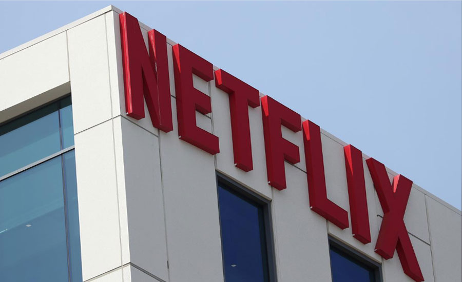 Netflix sinks on subscriber losses, analysts still see growth