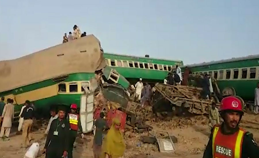 Death toll from Sadiqabad train collision rises to 24
