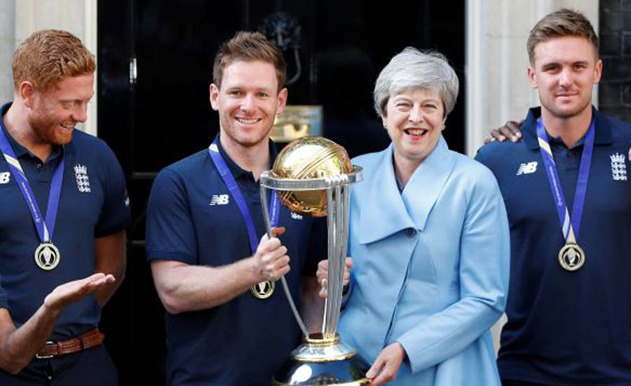 May hosts victorious England cricket team