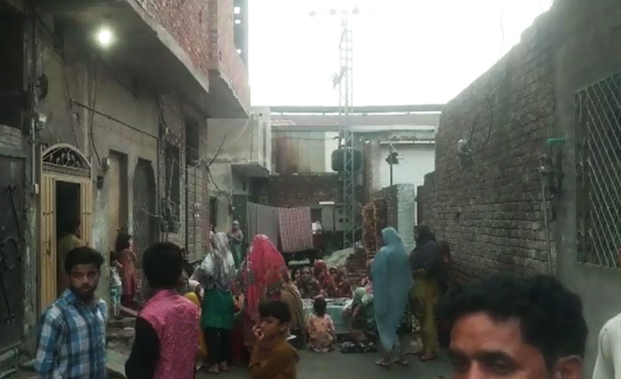 Rain-affected roof collapse leaves 3 dead, 5 injured in Lahore