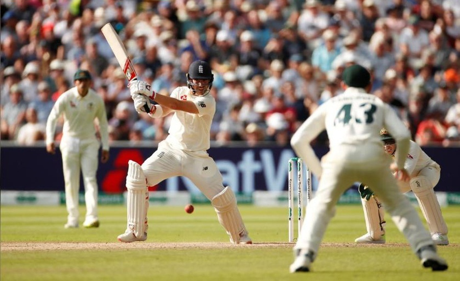 Burns maiden ton helps England take initiative in Ashes Test opener