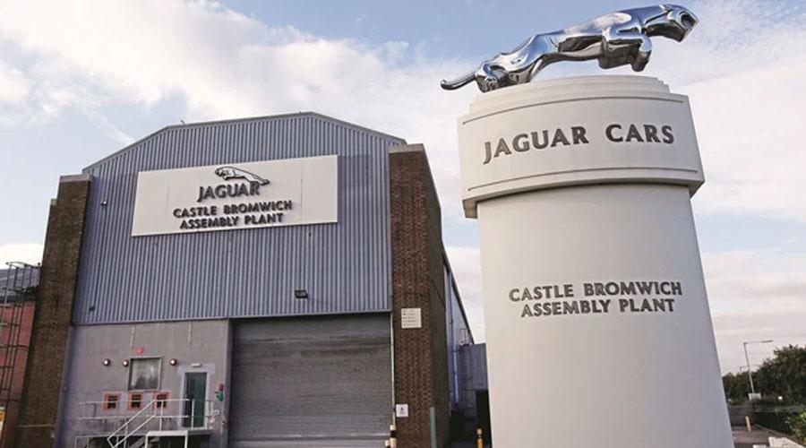 Brexit: Jaguar Land Rover to halt output at UK production units for a week