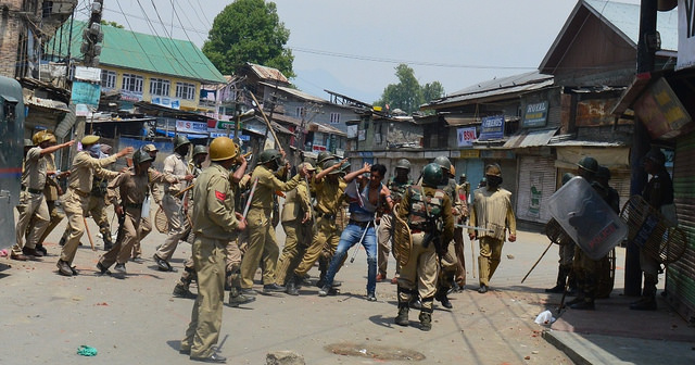 Curfew Lockdown Indian occupied Kashmir Iok Indian Troops fake encounter