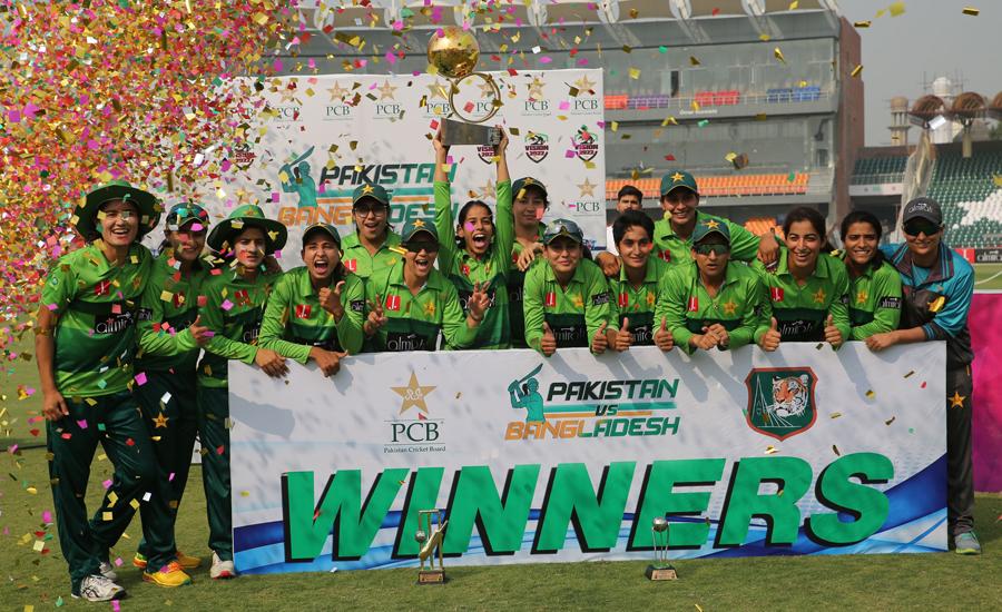 Pakistan women make it 3-0 against Bangladesh in T20I series