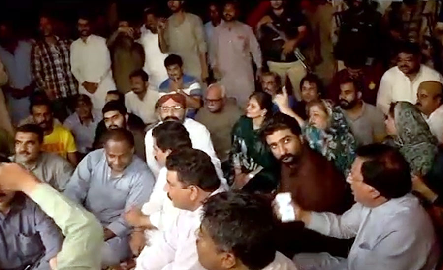 NAB raids Sindh CM's adviser Ijaz Jakhrani's residence