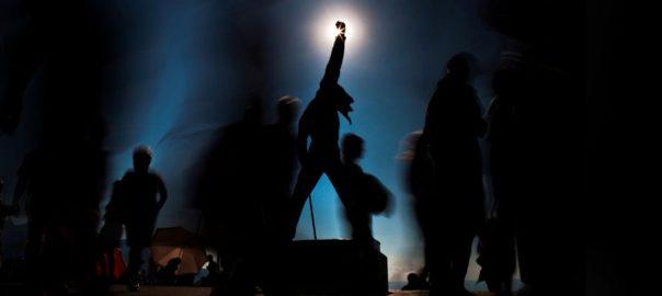 Queen fans music