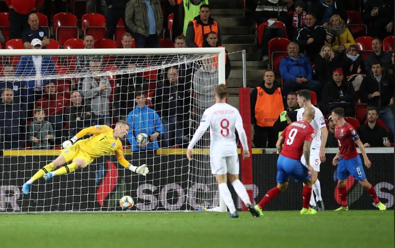 Czechs, upset, England, end, 10-year, run, Euro 2020 qualifiers
