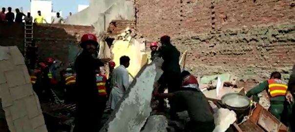 roof roof collapsed Mardan Samanabad Lahore two killed four killed