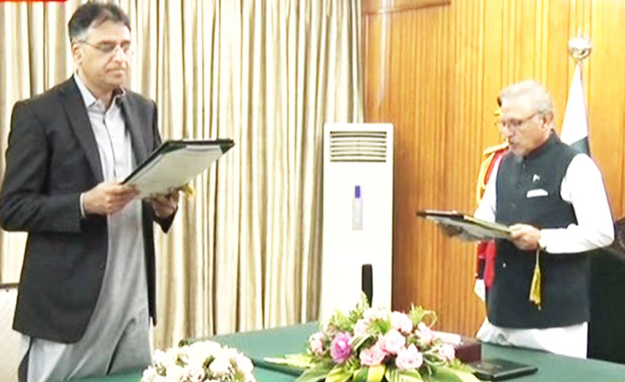 Asad Umar Minister for planing Khusro Bakhtiar finance minister PTI Pakistan Tehreek-e-Insaf