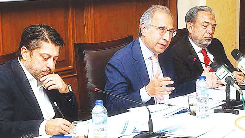 National economy on road to recovery, next year will be better: Hafeez