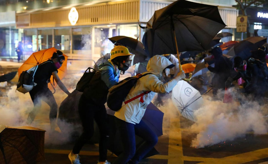 hong kong clashes worsen financial districts Hong Kong University formula university standoff