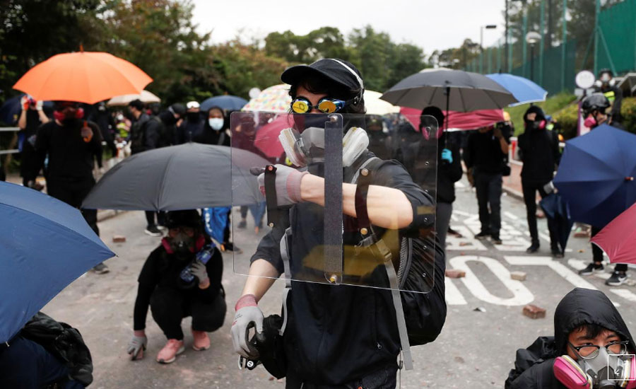 Hong Kong Hong Kong Police tear gas transport chaos grip city