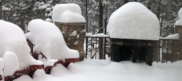 Colorado, blizzard, shuts, roads, cancels, flights, busiest, travel, days
