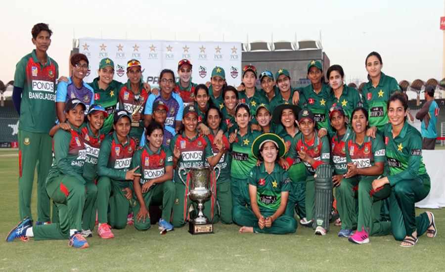 Bangladesh beat Pakistan in last-over thriller