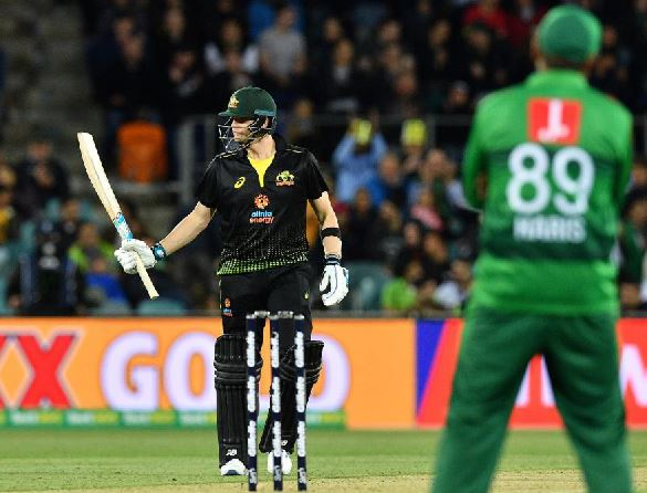 Smith powers Australia to T20I series lead against Pakistan
