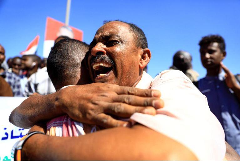 Sudan sentences 29 intelligence agents to hang for teacher's killing