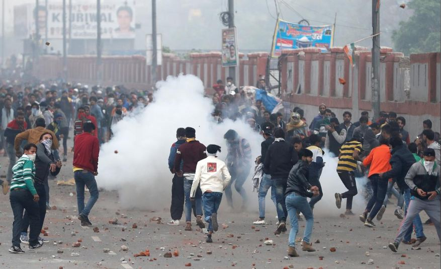 Clashes erupt in New Delhi over citizenship law
