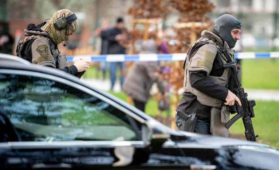 Six, shot dead, Czech hospital, attack