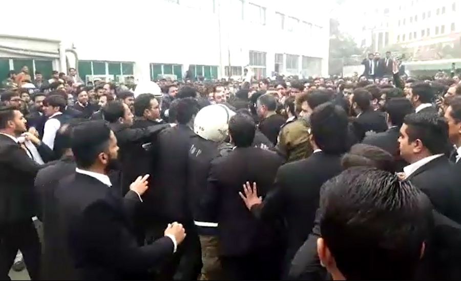 Doctors, lawyers go on strike over PIC incident across Punjab