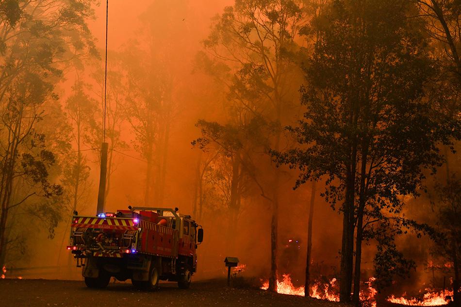 Blaze,Sydney, Australia,hazardous smoke ,wild fires