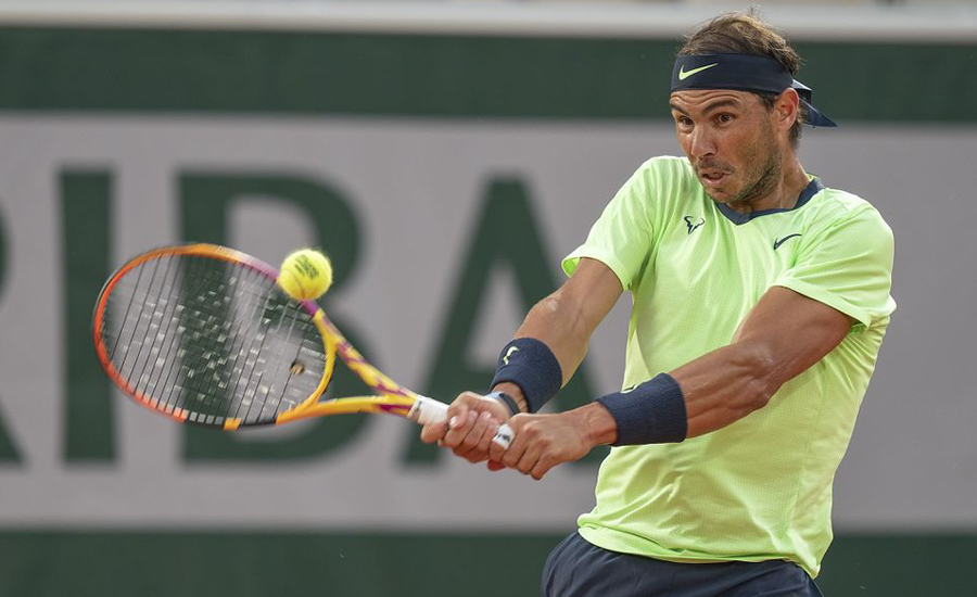 Ruthless Nadal demolishes Gasquet to reach French Open third round