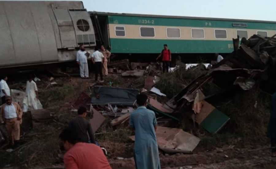 40 passengers killed, 71 injured as two trains collide in Dharaki
