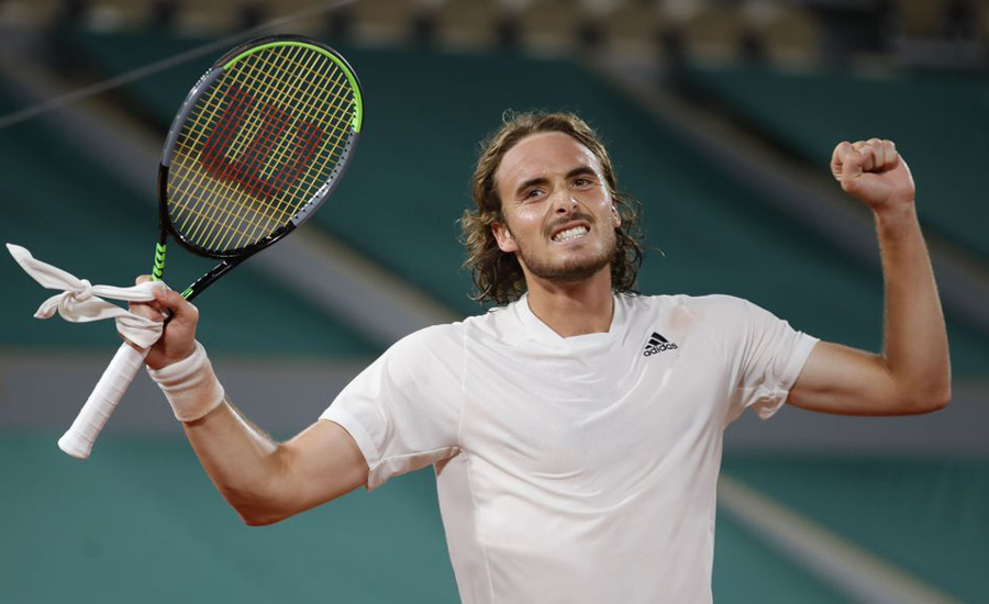 Tsitsipas ends Medvedev run to book last four spot in French Open