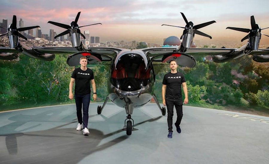 Archer's flying taxi makes splashy debut in heated market